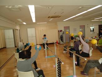 メイン体操ボールアップ.JPG